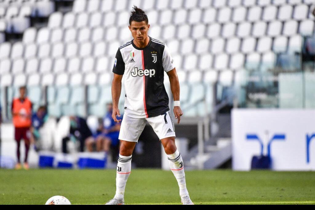 """สถิติ """"ฟรีคิก"""" ของ Ronaldo"""